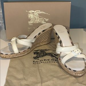 Burberry white patent espadrille wedges size 9